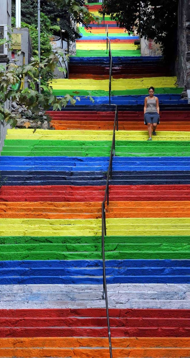 Beautiful painted stairs form around the world  - Istanbul-Turkey