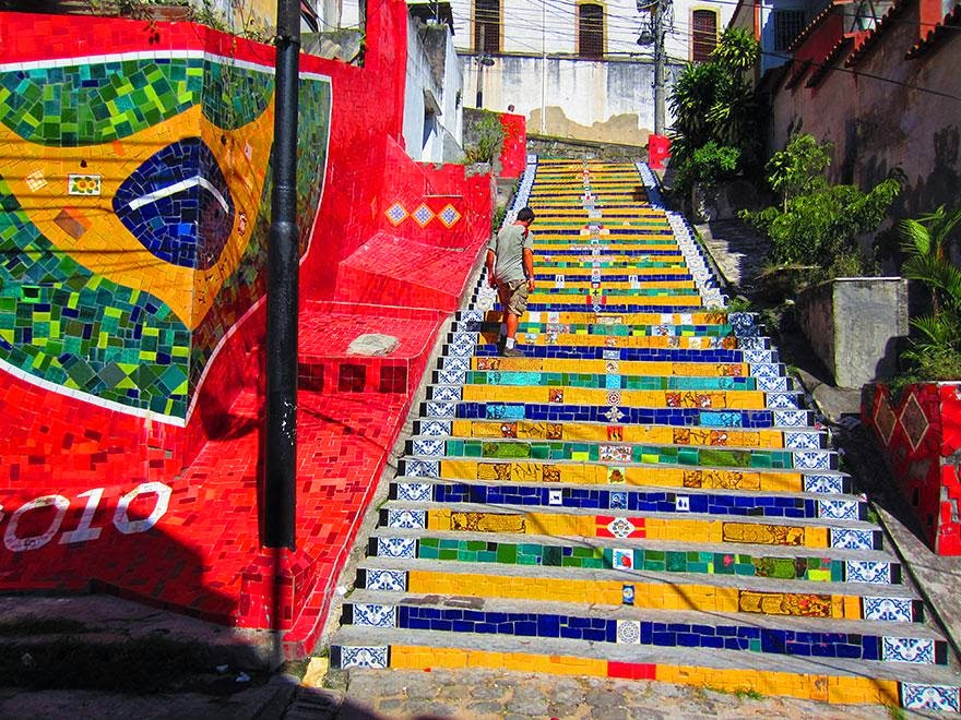 Beautiful painted stairs form around the world  Rio-de-Janerio