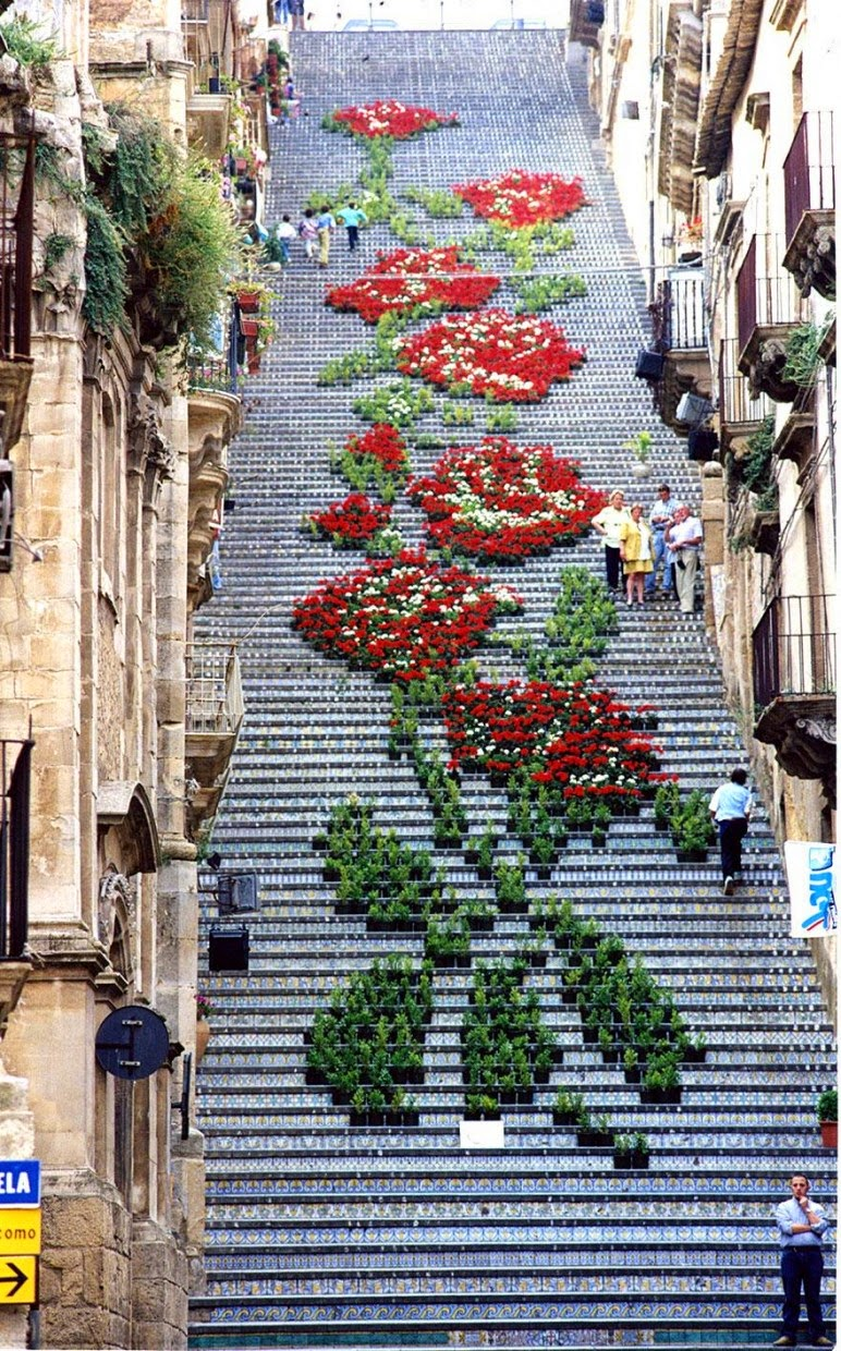 Beautiful painted stairs form around the world  Sicily-Italy