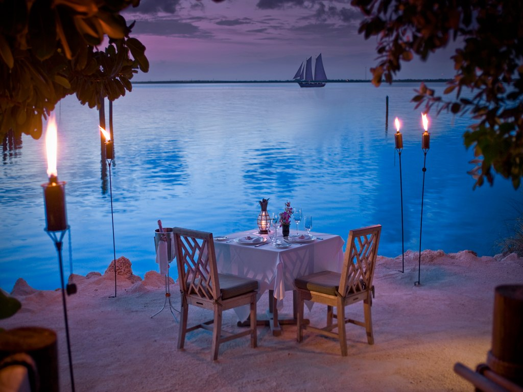 Most creative, amazing and romantic dinner idea