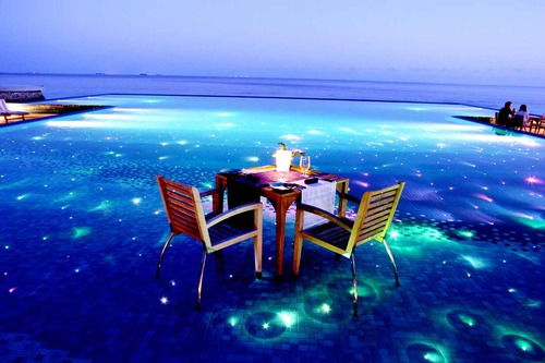 Blue water dinner, have your romantic dinner