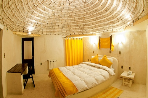 Weirdest Hotels around the world Palacio-de-Sal