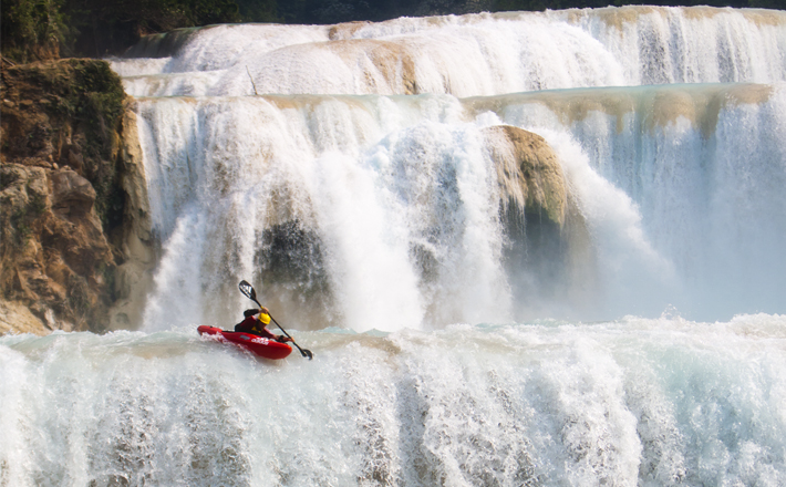 Kayaking by a daring sports artist at Victoria Falls