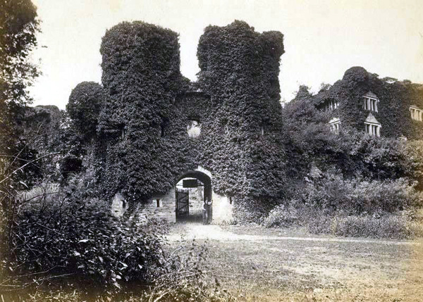 Most Haunted Places - Berry Pomeroy Castle, Totness