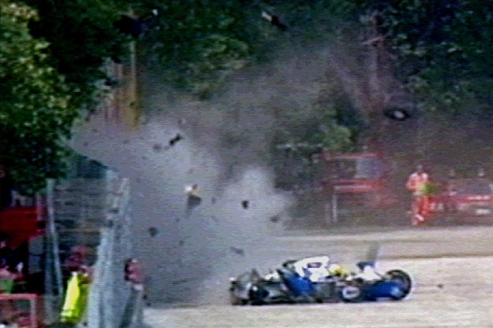 Heartbraking moments in sports - Aryton Senna Crash
