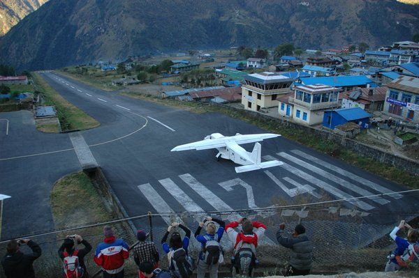 Most Dangerous Airport - Tenzing-Hillary Airport
