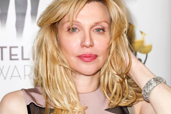 10 celebrities who went bankrupt - Courtney love
