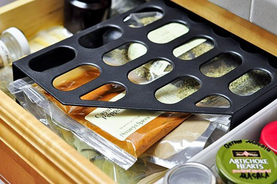 Great way to organize Salt and Pepper