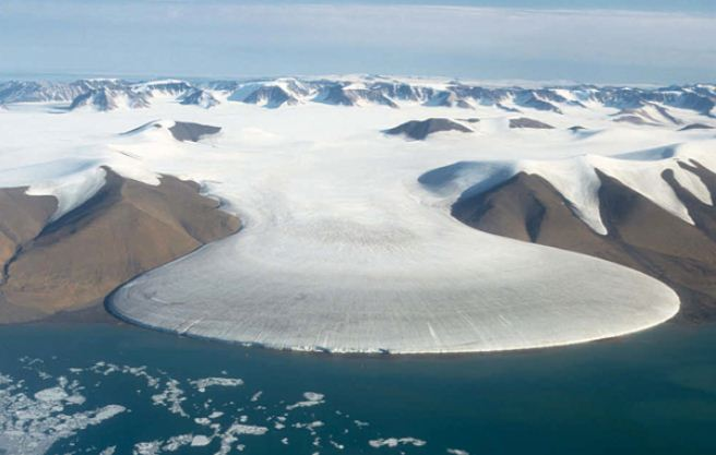Coldest places in the world- Eismitte, Greenland