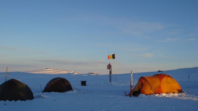Coldest places in the world - Plateau Station, Antarctica