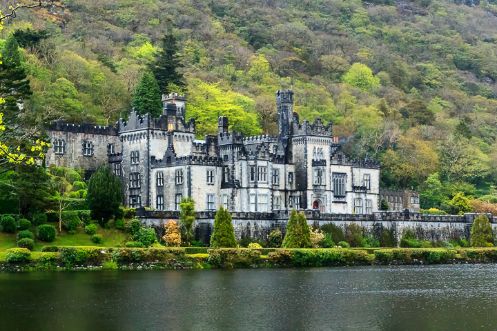 Most Amazing Castles - Kylemore Abbey, Ireland