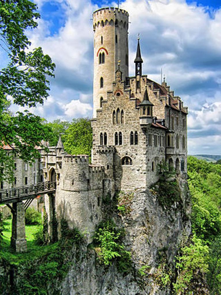 Most Amazing Castles - Lichtenstein Castle, Germany