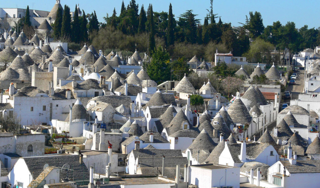 Amazing places - Alberobello, Italy