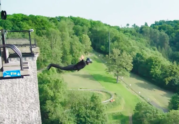 First Wireless Bungee Jump Is Magnetism trick