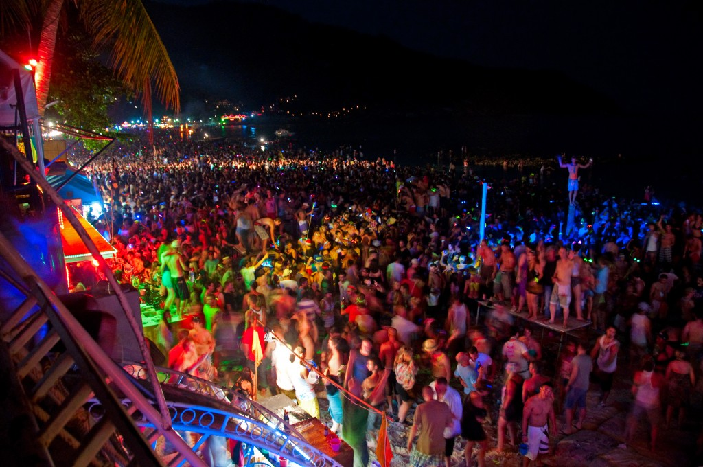 Top party Destinations in the world - Full-Moon-Party-koh-phangan