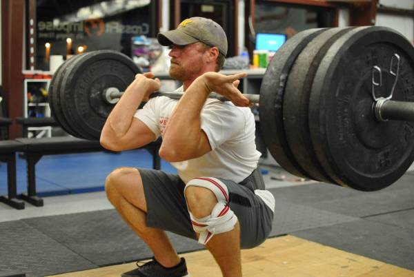 8 Types of Squats You Should be doing - Front Squat