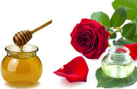 Home remedies for chapped lips - Rose Water and Honey
