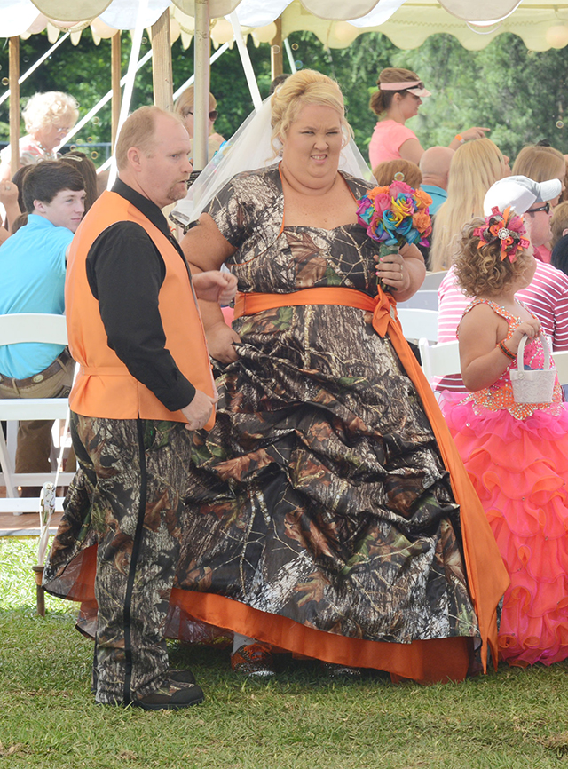 19 Most Ugly Wedding Dresses. # 8 Looks Horrible, Ugliest wedding dresses, wedding outfit, horrible wedding dresses, ugliest wedding dresses you would hate to wear