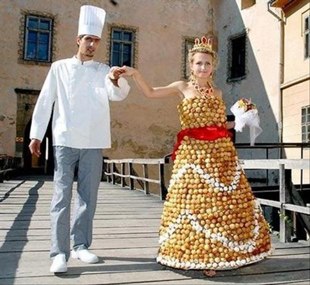 19 Most Ugly Wedding Dresses, ugliest wedding dresses, horrible wedding outfits