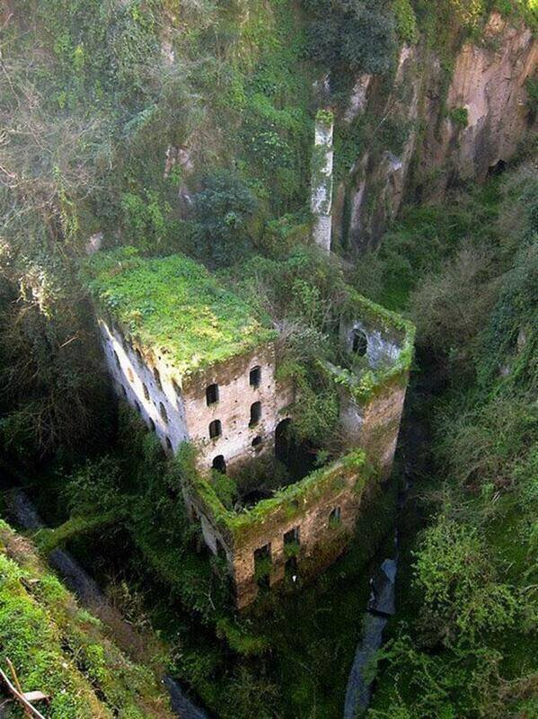 historical places, abandoned places, An Abandoned Mill of Sorrento, Italy,