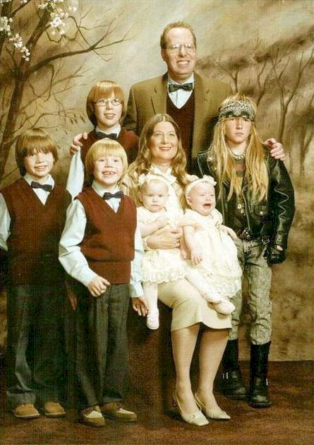 awkward family photographs, funny family pictures, hilarious family pcitures