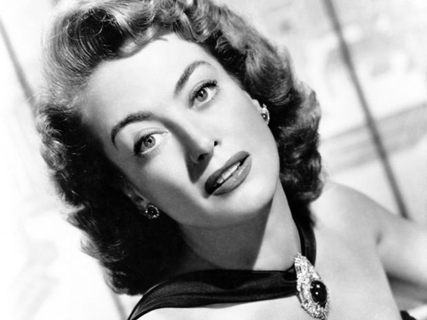 Gay Celebrities - Joan Crawford
