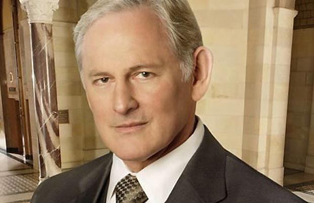 Gay Celebrities - Victor Garber