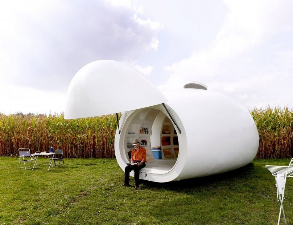 Strange Houses - Egg shaped mobile house