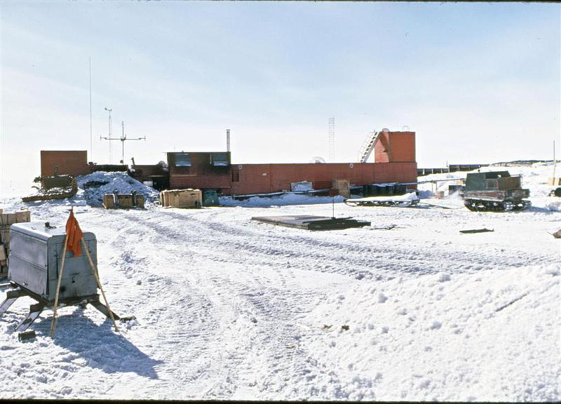 Coldest places on Earth - Plateau Station (Antarctica)