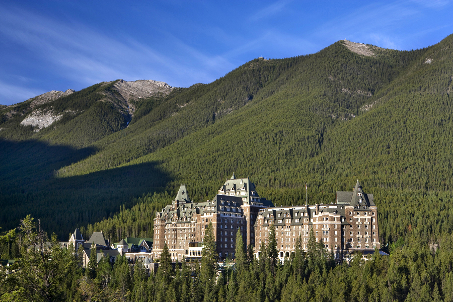 Haunted hotels - Fairmont Banff Springs Hotel (Canada)